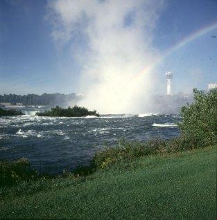 niagara-falls-insel-canadafalls
