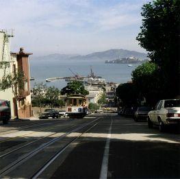 san-francisco-powellstreet mit alcatraz