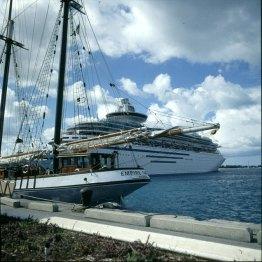 Bahamas-alt und neu