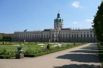 berlin-schloss-charlottenburg-garten