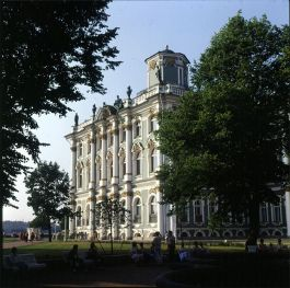 Leningrad-Winterpalast-noch ohne Souvenirstände