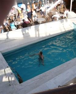 Santorin-pool-baden