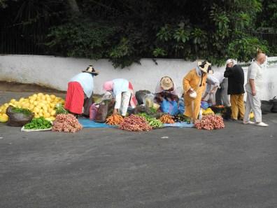 Traumschiff Tanger--strassenmarkt-2012