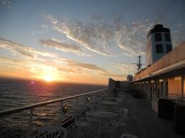Traumschiff 1. Sonnenuntergang