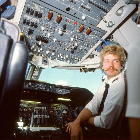 Jumbo Boing 747 Cockpit Copilot 1980