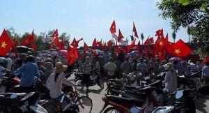 ベトナム 反中デモ