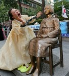 NY近くに慰安婦碑 横に米軍慰安婦像も建てるべきでは?(1)