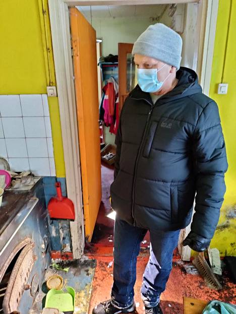 Raimo Muhonen, who bought a deserted house in demolition condition at a nominal price, was surprised by a water bill of 27,000 euros.