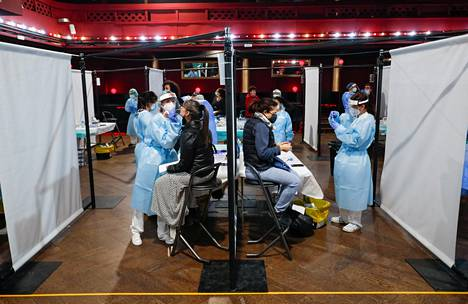 Participants underwent antigen tests on the day of the concert.  There were three test sites.  In Finland, the antigen test has been referred to as rapid tests, because the result usually comes in 10–30 minutes.