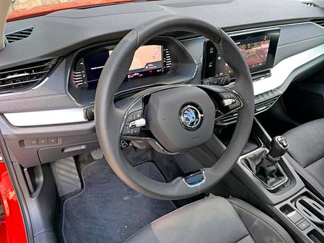 The double-sided steering wheel will later appear on other Skoda models as well.