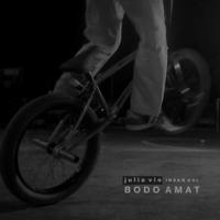 download lagu Julia Vio & Insan Aoi - Bodo Amat