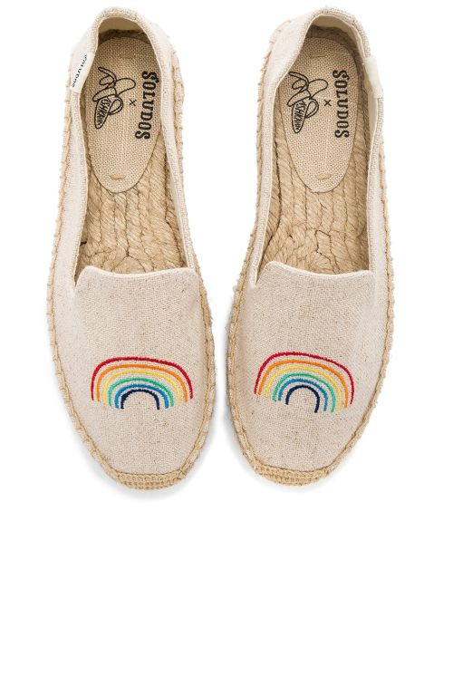 x Ashkahn Rainbow Platform Smoking Slipper; what you should pack for a California road trip