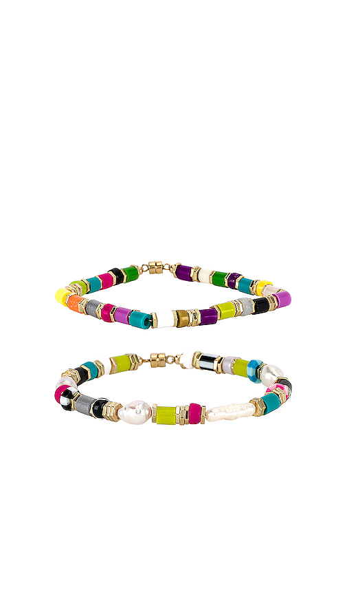 joolz by Martha Calvo Sobe Bracelet Set in Pink.