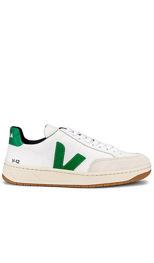 Veja V 12 Sneaker in White. - size 40 (also in 37,41)