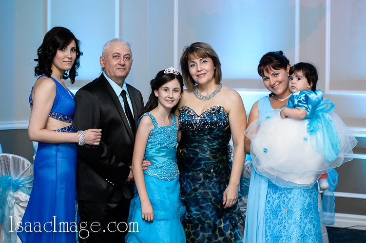 Julia bat mitzvah by Toronto jewish photographer IsaacImage
