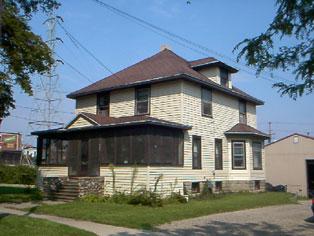 209 Erie St
