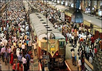 Crowd on Mumbai Local Train Station