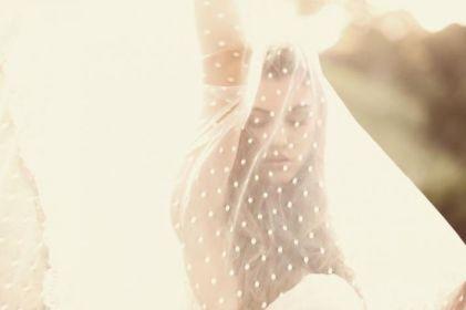 polka-dot-bridal-veil-tulle-wedding-accessorie__full