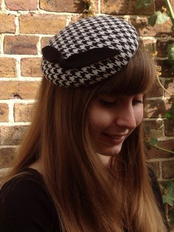 Black and White Dogtooth Button Percher / Cocktail Hat
