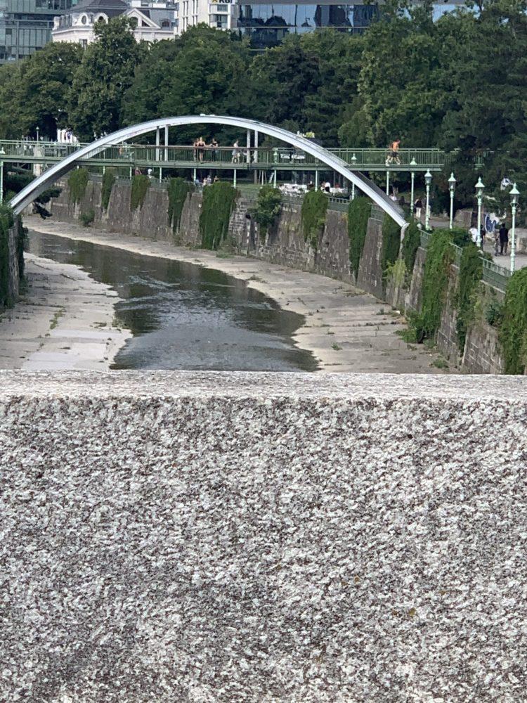 Stadtpark . Wien . Wienfluss . Jugendstilvilla . Stadtgartendirektion . IsabellaMueller . Johann-Strauß-Denkmal . Isabella_Muenchen