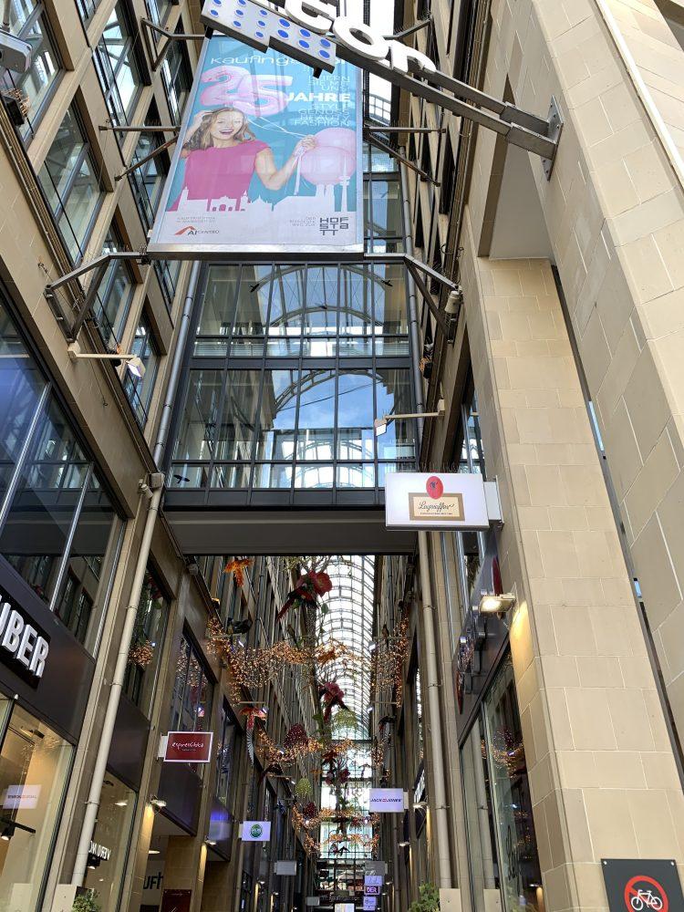 Kaufingertor Passage . München . Fußgängerzone . Marienplatz . IsabellaMueller . @Isabella_Muenchen