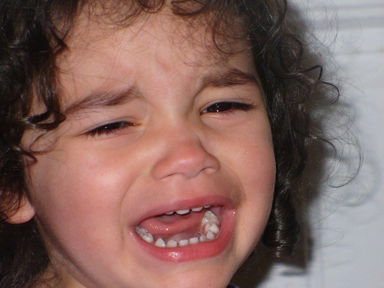 isabelle-chareire-enfant-pleur