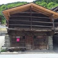 Im rosaroten Briefkasten - Atelier