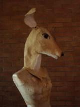 petit buste de biche 3, posée sur mannequin sans tête
