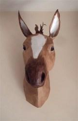 cheval face papier maché