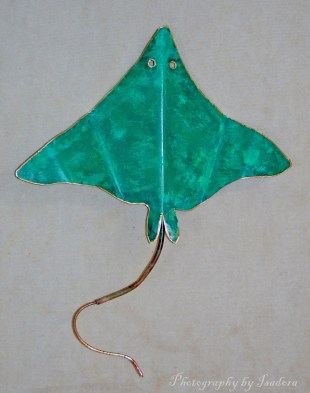 Sting-Ray-green-web-signed