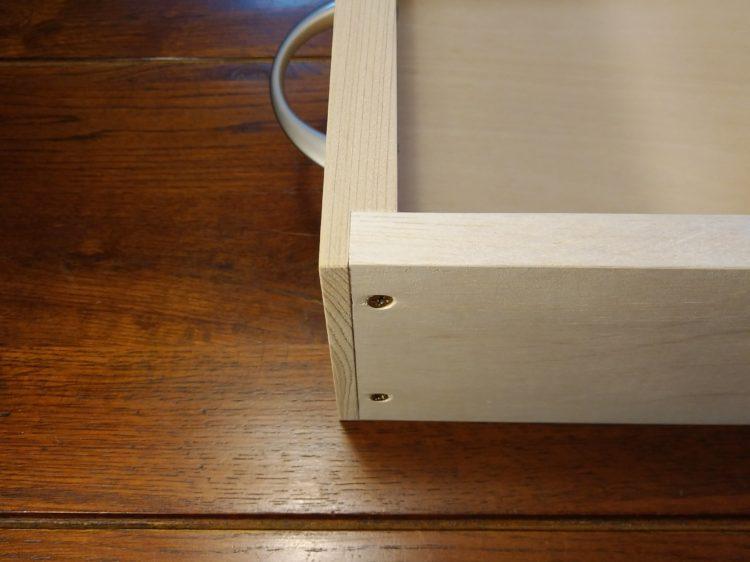 前板と側板を直接接合(包み打ち付け接ぎ)