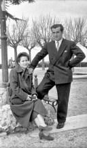 Nello Torresi e Giuseppina Macellari a l Pincio.