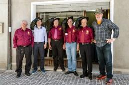 Rappresentanti della Sez. Bersaglieri di Potenza Picena e Montelupone insieme all'alpino Stefano Meriggi. Cerimonia del 18-6-2016 presso l'abitazione della famiglia Asciutti. Foto Sergio Ceccotti.