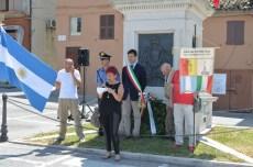 Parla Maria Mogliani. Manifestazione Bicentenario indipendenza argentina 9 luglio 2016. Foto di Enzo Romagnoli.