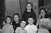 """37. Ceccotti Maria, Ceccotti Lory, Giri Maria Rita, Grandinetti Vanda, Battistelli Maria, Cingolani Iolanda - Fototeca Comunale """"B. Grandinetti"""""""