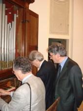 Visita di Vittorio Sgarbi a Potenza Picena il 14 Aprile 2007. All'interno dall'Auditorium Ferdinando Scarfiotti. Foto di Nico Coppari.