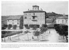 """Cartolina inizi '900 dove sulla destra troviamo l'edificio della Scuola Elementare. Foto tratta dal libro di don Vincenzo Galiè """"Da Potentia a Monte Santo a Potenza Picena"""" 1992."""