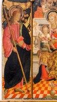 San Giacomo Maggiore nel particolare del trittico di Paolo Bontulli da Percanestro del 1507. Madonna con Bambino tra i santi Giacomo Maggiore e Rocco. Foto di Sergio Ceccotti.