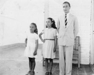 Da dx Reinaldo Carestia, e le sorelle Ana e Norma. Foto Franco Carestia.
