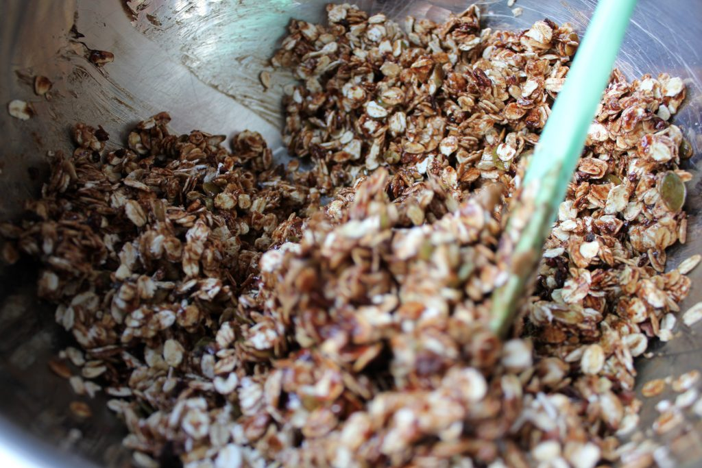 recipe granola blant-based