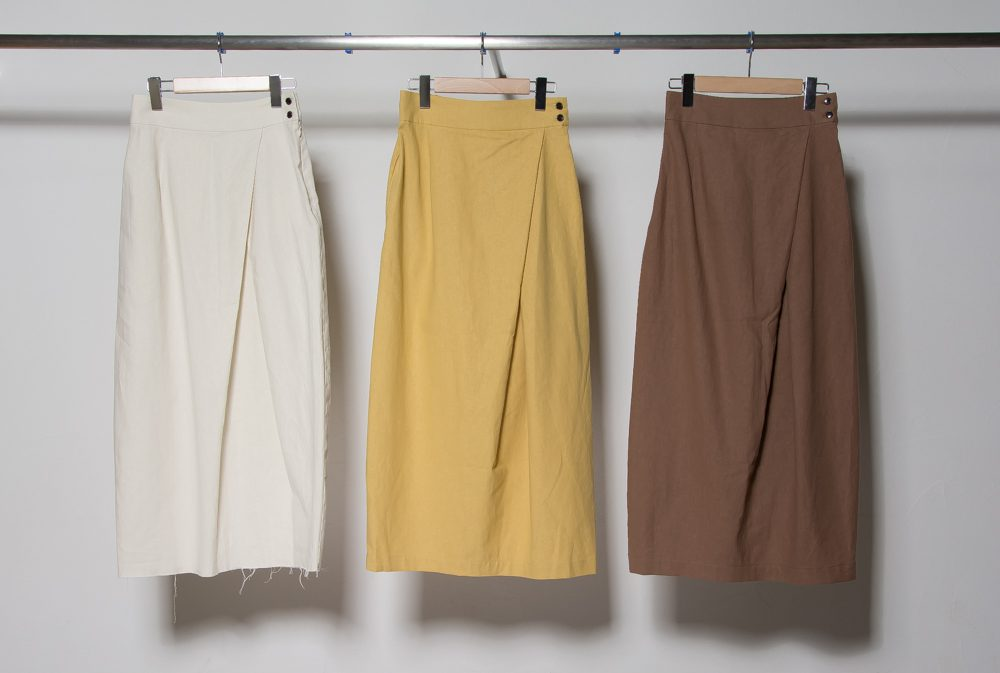 Soft linen tapered skirt