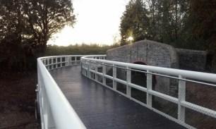 limerick_ul_riverbank_walkway_2_547wide