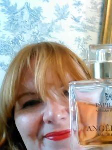 #smellfie