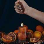 reek-perfume-bottle-campaign-dirtyhands-orange-uai-720x900