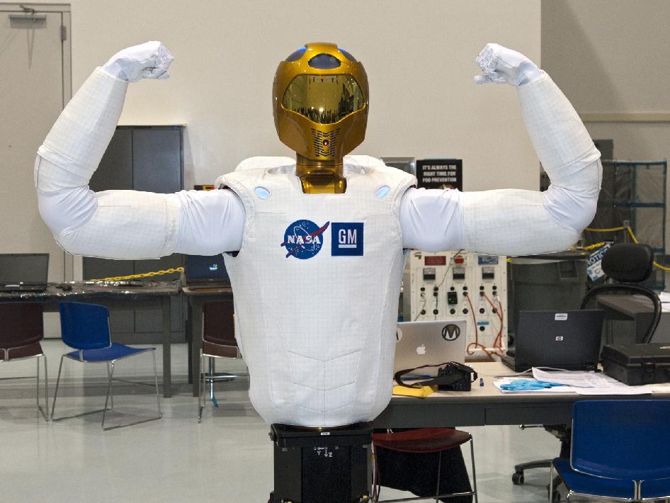 r2 robot nasa