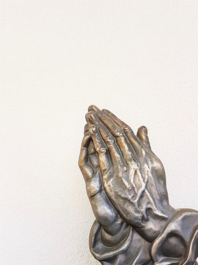 Praying Hands by Deb Dowd (@fin777) on Unsplash