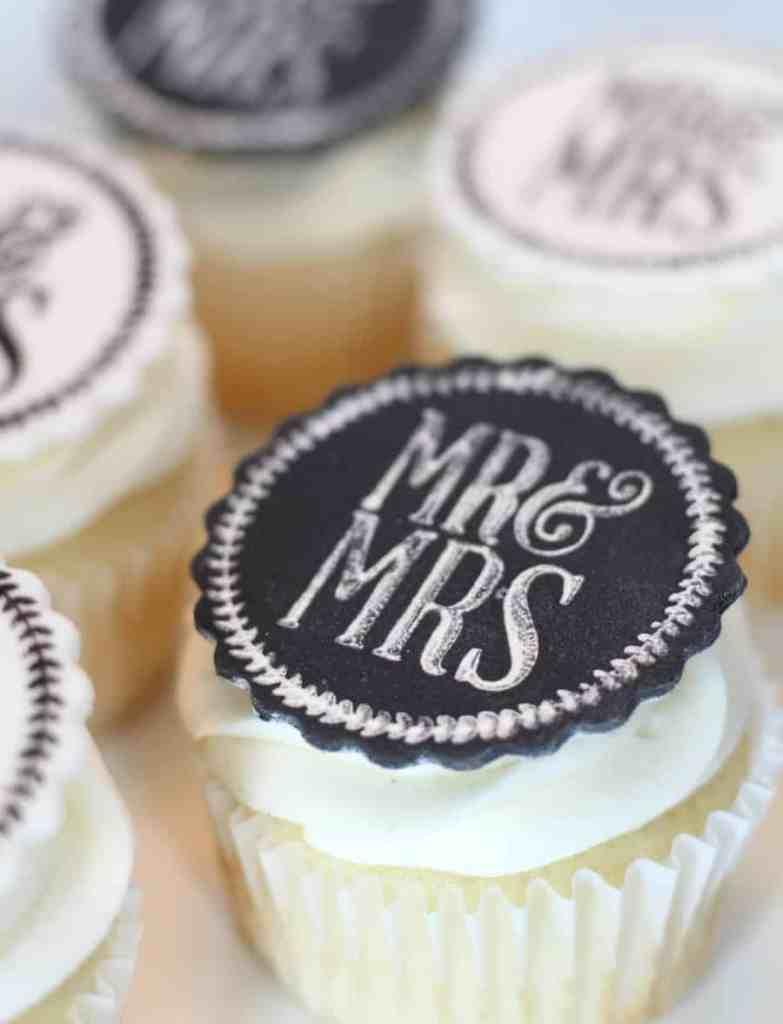 Easy Edible Wedding Cupcake Toppers