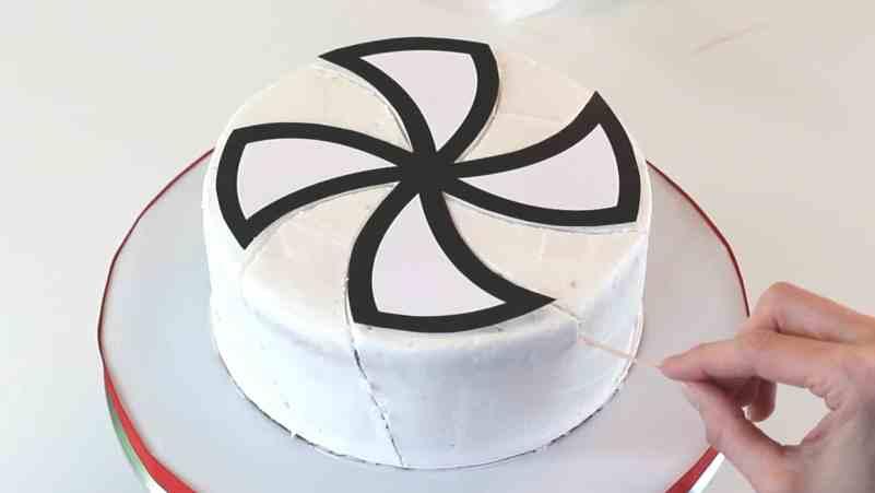 Tracing around template on cake