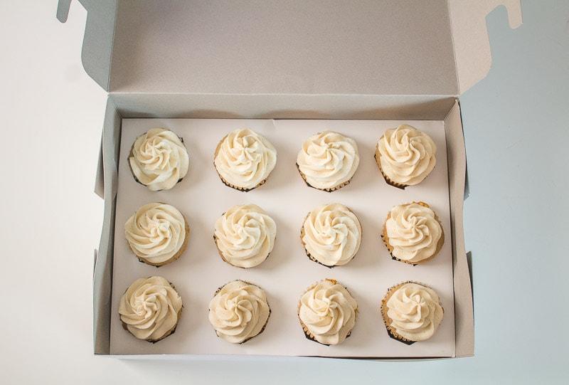 DIY cupcake box inserts with cupcakes