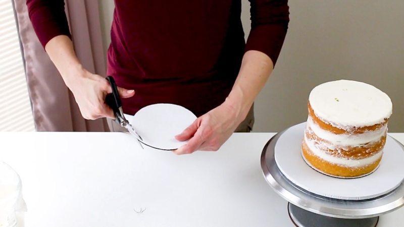 cut around the cake board